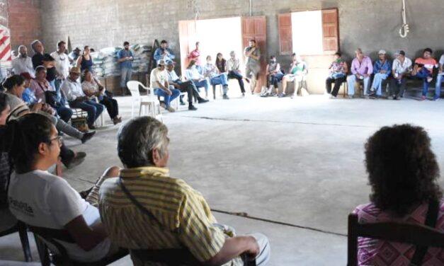 Consensúan acciones para la relocalización de familias criollas de comunidades originarias en Santa Victoria Este