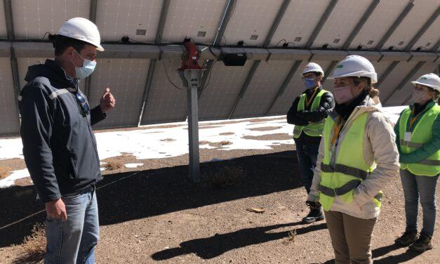 La Secretaria de Minería y Energía visitó la Planta Fotovoltaica La Puna y Altiplano
