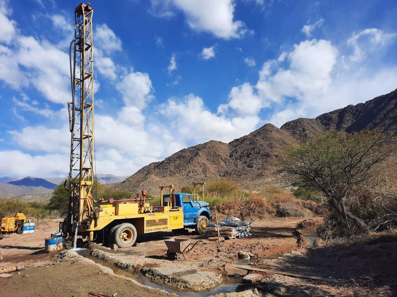 Un nuevo pozo de agua abastecerá a familias de Seclantás